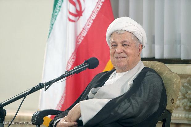 هاشمي رفسنجاني: بعض تصرفات المسلمين تشوه صورة الإسلام