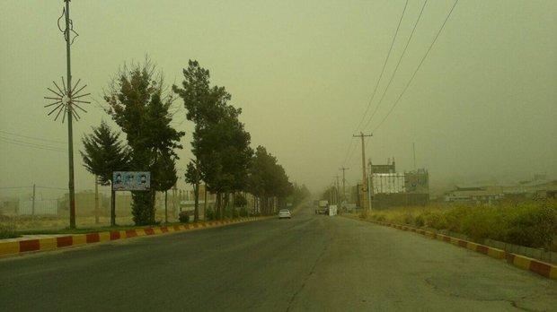 باد و باران در جنوب شرق کشور/ غبار تهران از امشب کاسته میشود