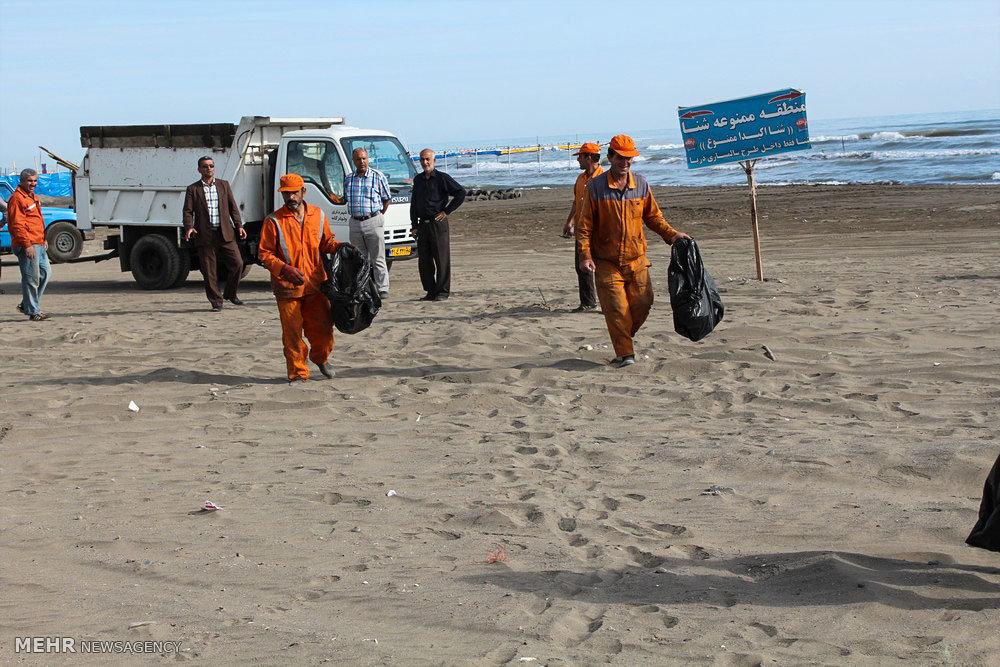 پاکسازی ساحل شهر واجارگاه