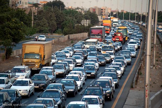 جاده های گیلان، خراسان شمالی و اردبیل بارانی است/ ترافیک در چالوس