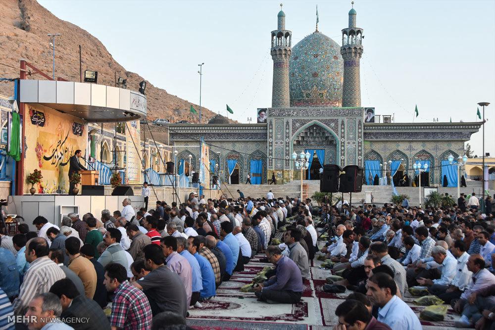 اقامه نماز عید سعید فطر در شهرضا