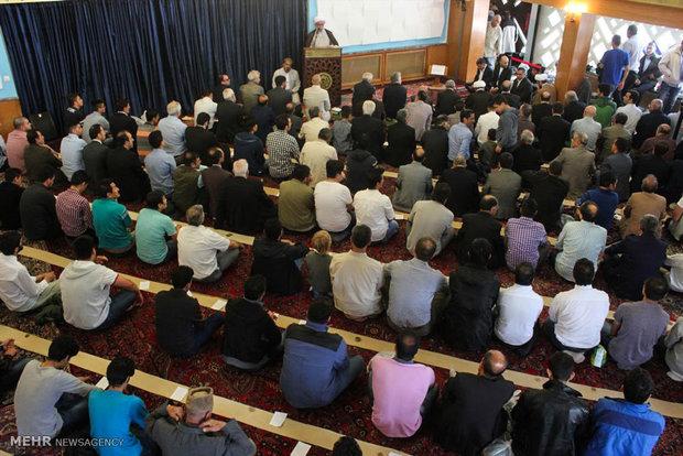 Eid al-Fitr prayers in Hamburg