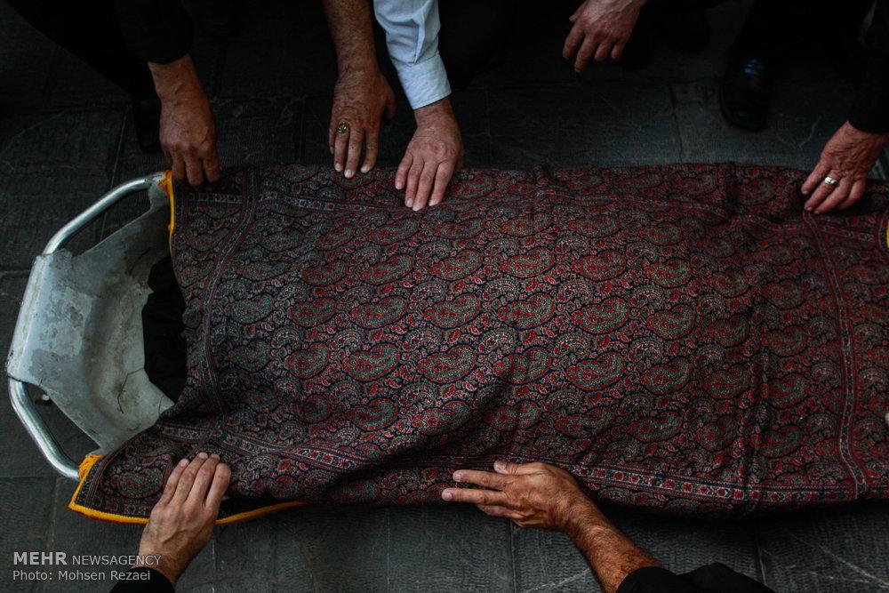 تشییع پیکر مادر شهید حسن پوری محمد