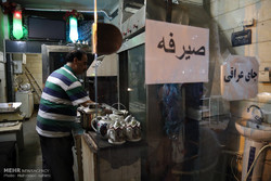 گردشگری در بغداد تهران/از شاورمای لبنانی تا قهوه عربی