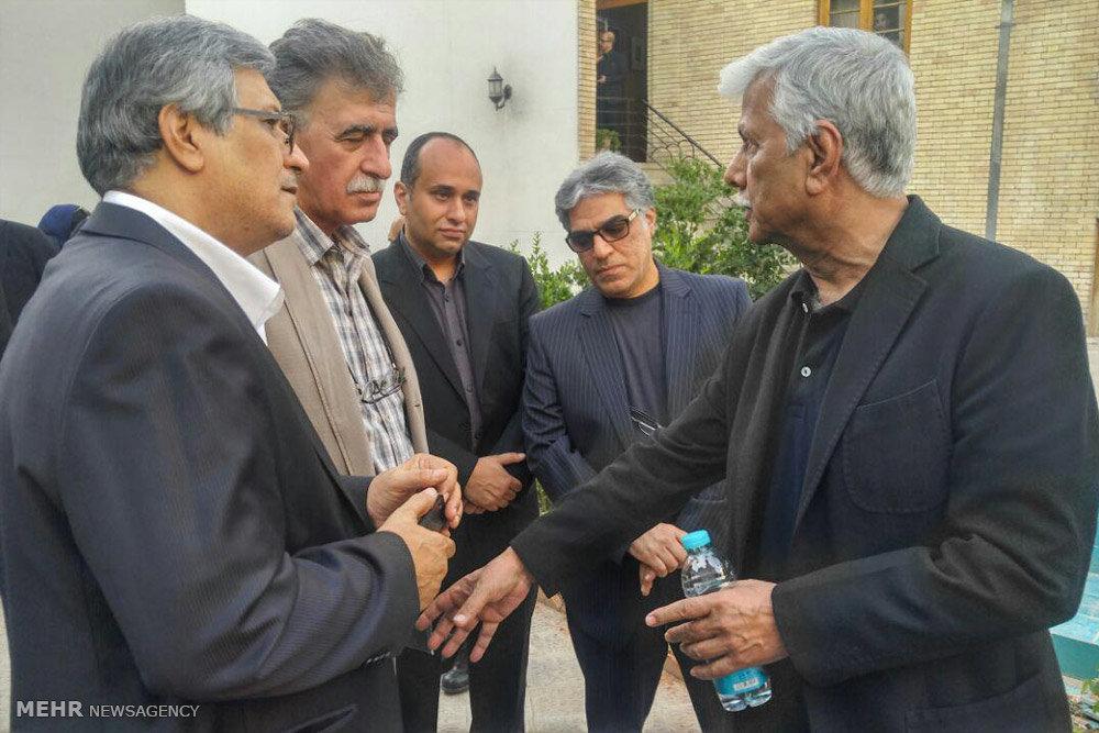 استقبال اهالی سینما از پیکر مرحوم عباس کیارستمی