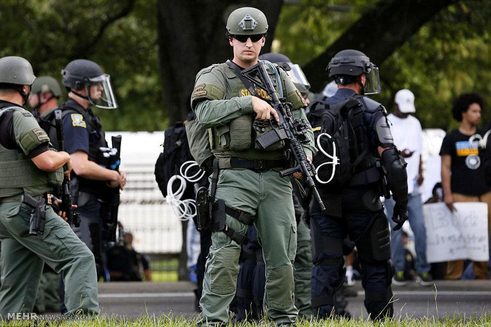 سرکوب تظاهرات ضد تبعیض توسط پلیس آمریکا