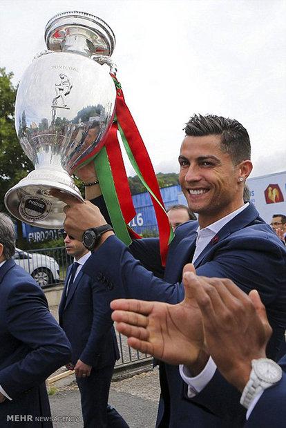 بازگشت تیم پرتغال به خانه