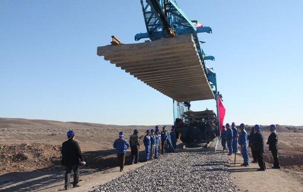 ۱۳۰ کیلومتر از خطوط راه آهن لرستان بازسازیشده است