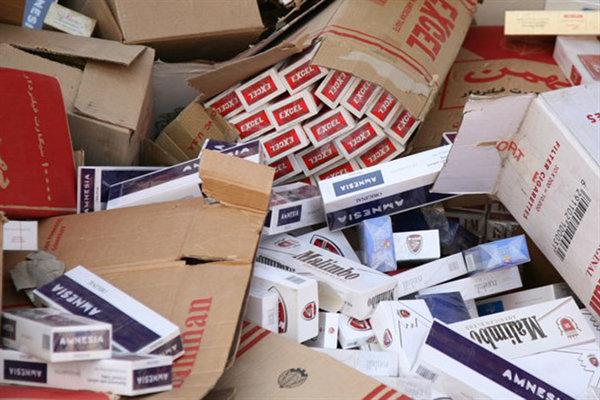 ۲۵۷هزار نخ سیگار قاچاق از یک انبار در دلیجان کشف شد