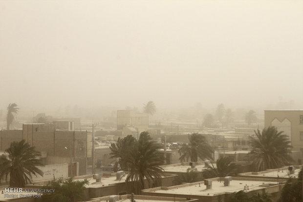 طوفان ۱۰۰ میلیارد تومان در منطقه سیستان خسارت وارد کرده است