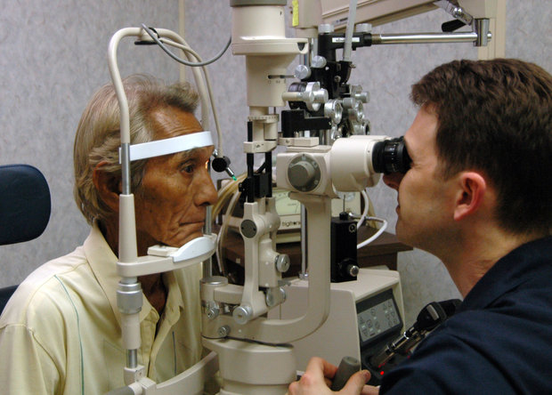 رژیم غذایی نامناسب ریسک نابینایی را در سنین بالا افزایش می دهد