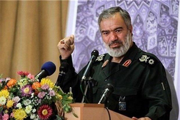الادمیرال فدوي: المقاومة الاسلامیة تقف كسد منيع أمام أطماع الإستكبار العالمي