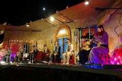 ساز موسیقی کردی در سقز کوک شد/استقبال مردم از موسیقی محلی