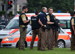 Shooting rampage in Munich: At least 10 dead in shopping center attack