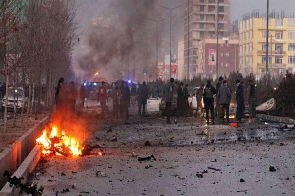انفجار كبير يهز السفارة الأميركية في كابول