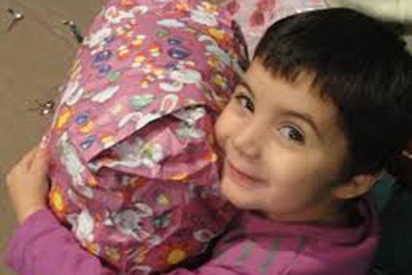 خیرین نیازهای شب عید کودکان محروم اردبیل را تأمین می کنند
