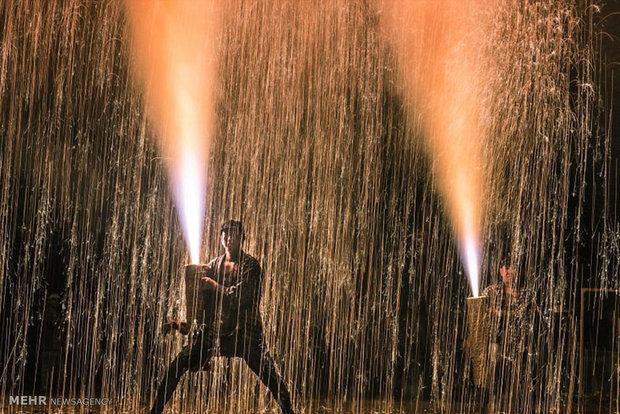آتش بازی با گیاه بامبو