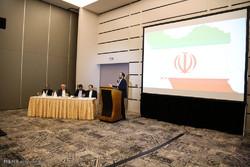 Zarif meets Iranian diaspora in Ghana in his West African tour