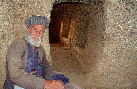 فرهاد کوهکن زمانه درگذشت/ پایان داستان خالق غار سنگی