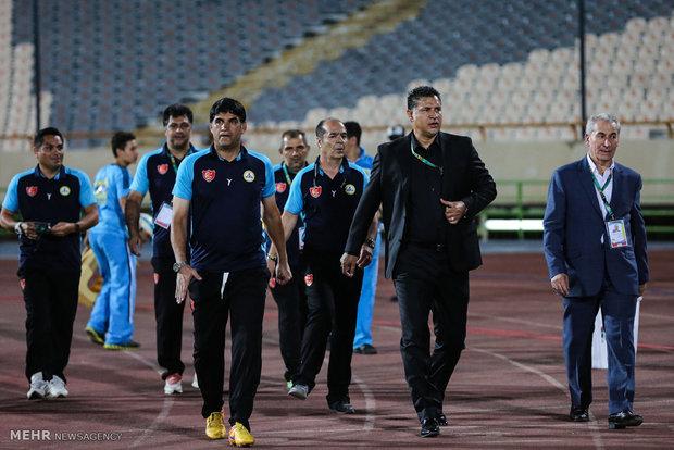 حسینی شانس بازی در جام جهانی روسیه را دارد/ دلم برای قربانی شکست