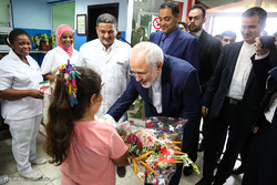 Zarif visits Red Crescent Health Population Center in Ghana