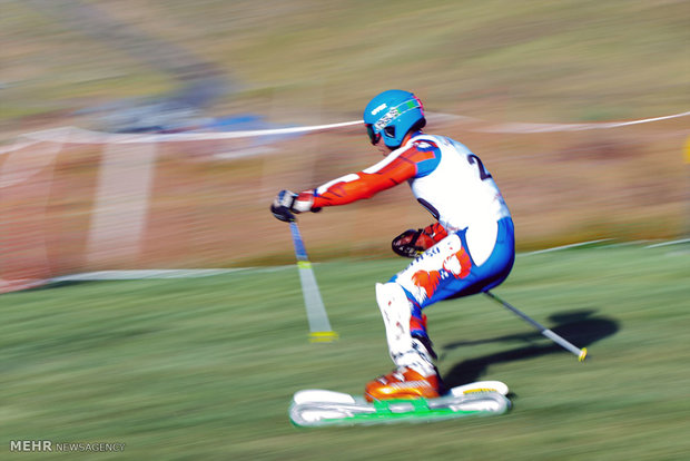 Iranian grass skier wins bronze in European cup