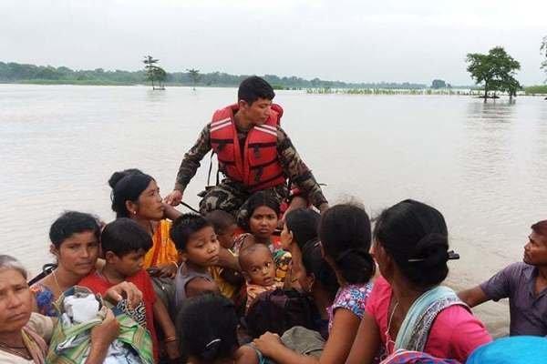 نیپال میں طوفانی بارشوں اور لینڈ سلائیڈنگ سے 16 افراد ہلاک