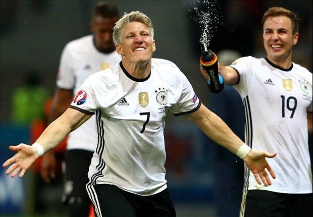 «باستین شوایناشتایگر» از فوتبال ملی خداحافظی کرد