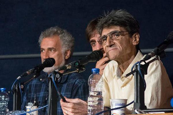 بوسه ناصر تقوایی بر بازوی یک جانباز/ نگذاشتند فیلم جنگی بسازم