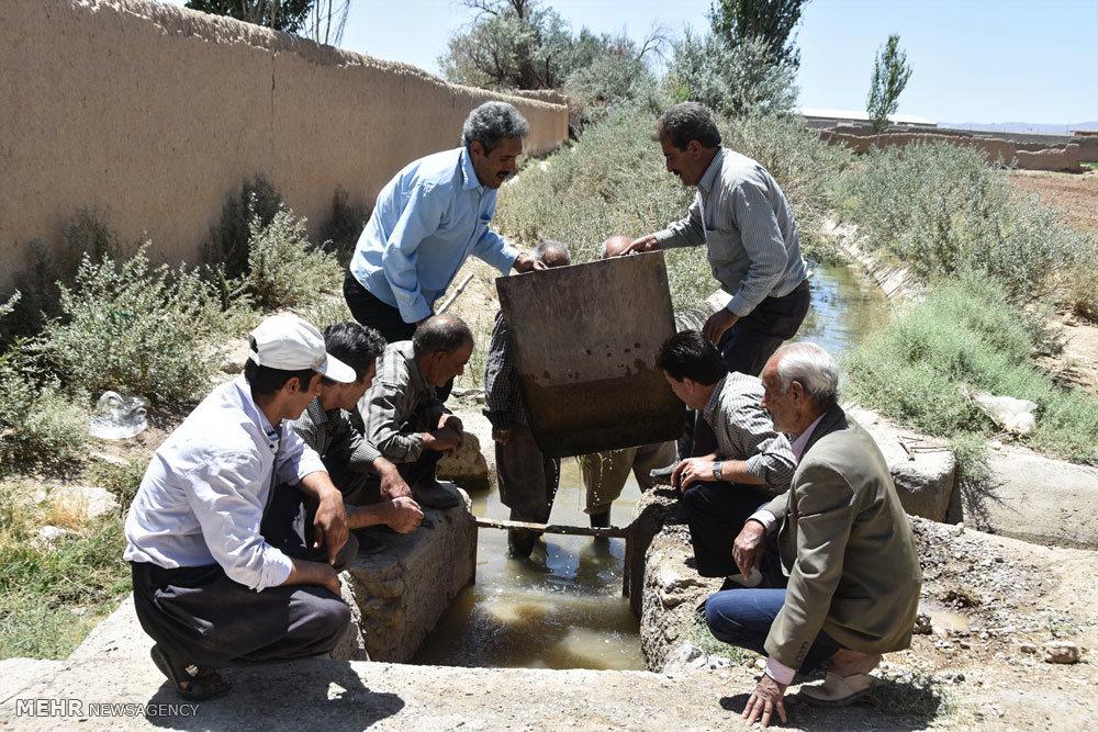 صرفه جویی آب در میان کشاورزان روستای وشاره شهرضا