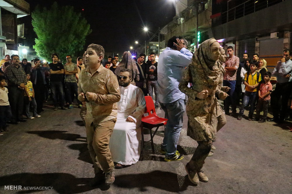 اجرای نمایش خیابانی آبادانی ها