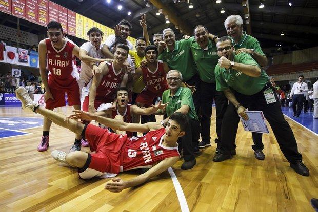 منتخب الشباب الإيراني لكرة السلة يفوز بكأس بطولة آسيا للمرة الثالثة