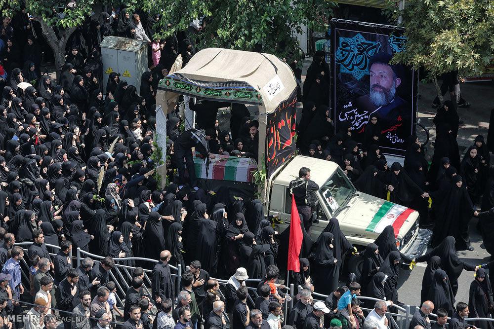 عزاداری و تشییع شهدا به مناسبت سالگرد شهادت امام صادق(ع) در مشهد