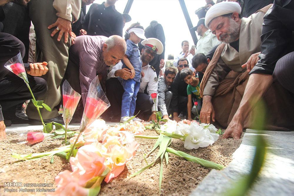 مراسم تشییع پیکر دو شهید دوران دفاع مقدس در بیرجند