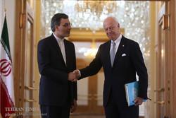 Jaberi Ansari meets UN envoy for Syria