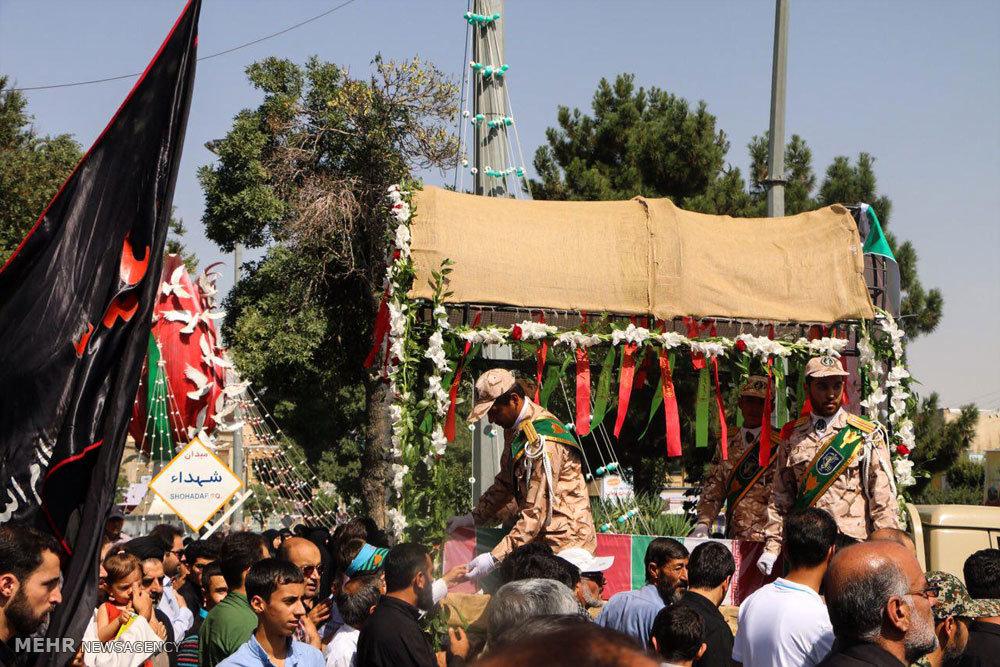 مراسم تشییع پیکر دو شهید دوران دفاع مقدس در اراک