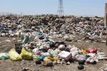 کشف ۲ کامیون آشغال از منزل مسکونی در فردیس/۷سال زندگی با زبالهها