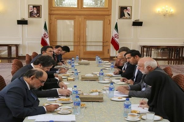 Iran, Afghanistan discuss bilateral cooperation