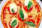 پرسپولیسیها بعد از برد مقابل گسترش سفارش پیتزا دادند!