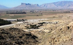 Persepolis threatened by drought, land subsidence