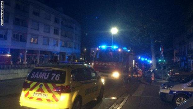 مقتل 13 شخصا في حريق غرب فرنسا