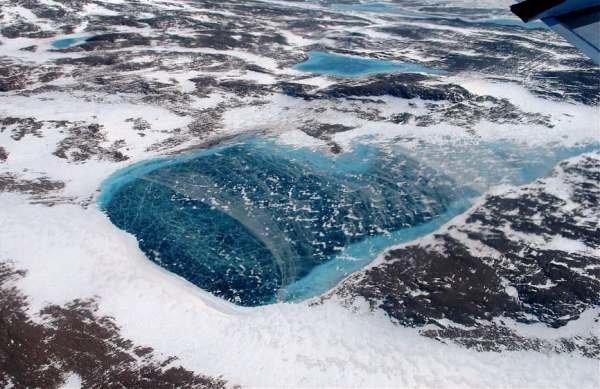بمب رها شده در قطب شمال