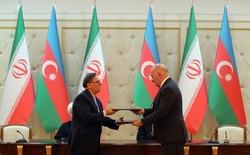 Tehran, Baku ink banking deal