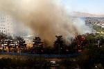 مهارحریق در۱۵۰۰ متر فضای سبز/ کمک سربازان برای خاموش کردن شعله ها