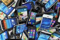 دست پنهان قاچاق بر گلوی بازار/ گوشی بدل میزبان اصلی است