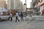 Diyarbakır'da polise saldırı: 1 ölü, 4 yaralı