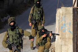 اسرائیلی فوج کے تشدد کی وجہ سے زخمی فلسطینی نوجوان شہید