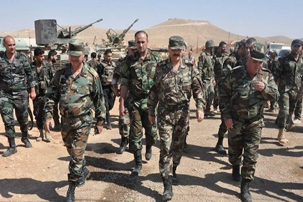 فلم/ شام کے وزیر دفاع  کا حلب محاذ کا دورہ