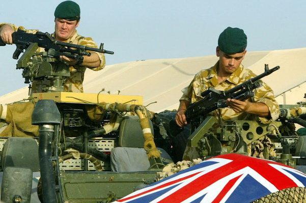 آماده باش نیروهای انگلیسی در خاورمیانه در پی ترور سردار سلیمانی