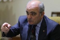السفیر الروسی لدی إيران يعلن مغادرة القاذفات الروسية عن قاعدة همدان